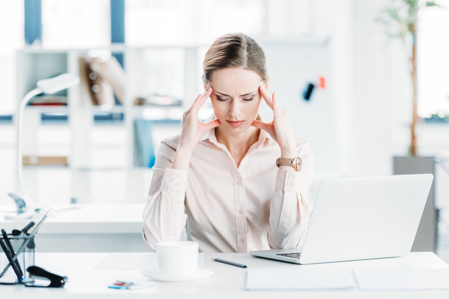 How to reduce employee stress when the workplace changes